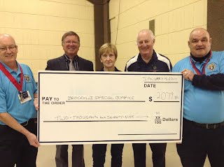 Cheque presentation at Flag Relay